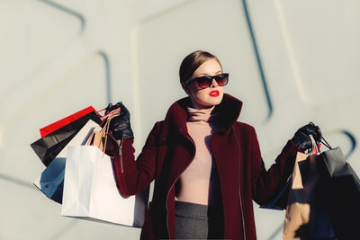 How to Buy A Fashion Square